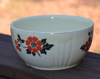 Hall's Superior Quality Red Poppy Mixing Bowl