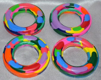 Large Ring Shaped Recycled Crayons, Total of 4 Crayons.  Boy or Girl Kids Unique Party Favors, Crayons.