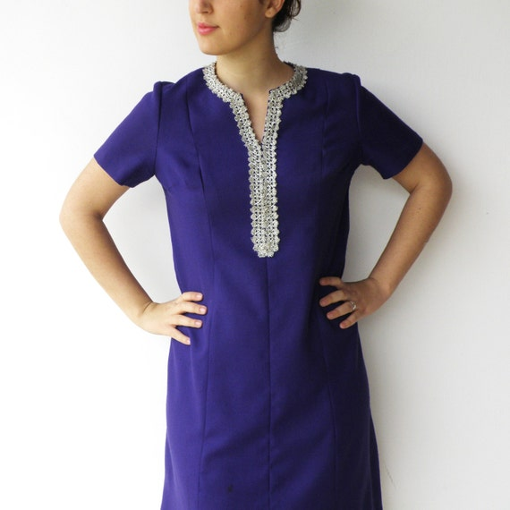 Vintage 1970s Purple and Silver Embroidered Dress / Size L