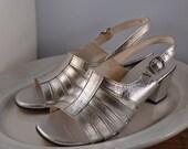 Gorgeous Vintage 1960s Silver Cocktail Sandals / Open Toe Heels 7B