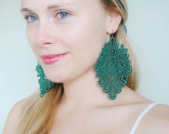 Emerald green lace earrings/ Lace earrings/ Long earrings/last minute gift/ rusteam, tt team, bioteam