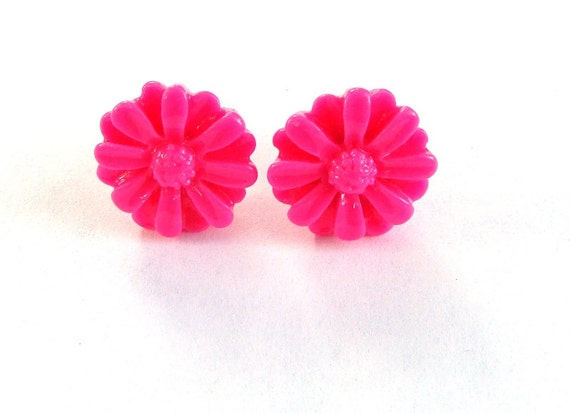 Daisy Hot Pink Earrings