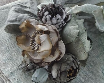 corsage - antique calico - hand dyed