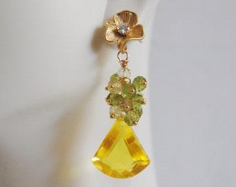 Yellow Quartz Gemstone Cluster Dangle Earrings -August Birthstone Jewelry -Birthstone Earrings Yellow quartz peridot cluster dangle earrings