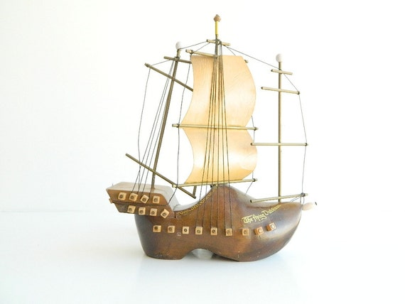 Flying Dutchman Clog Tall Ship Lamp