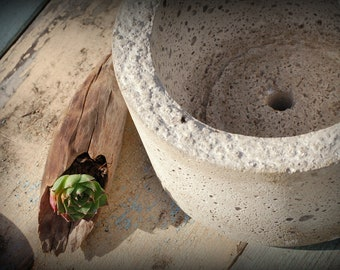 Simple Hypertufa Pot. Handmade Lightwieight Planter, Minimalist Design, Concrete Container
