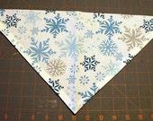 Dog Bandana Winter, Christmas, Hanukkah, snow, snowflake, blue, silver, white