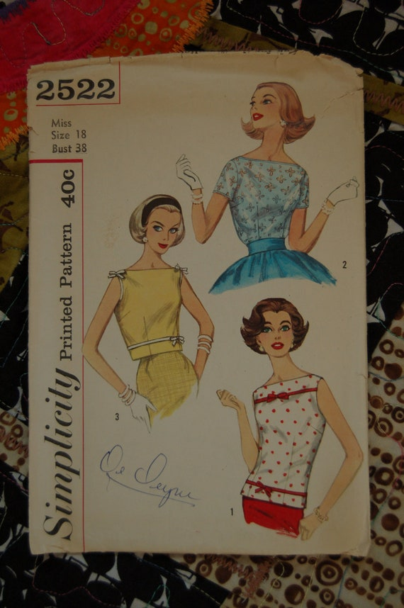 SALE 1950s Vintage Sewing Pattern - Simplicity 2522 - Blouse and Overblouse - Sz 18