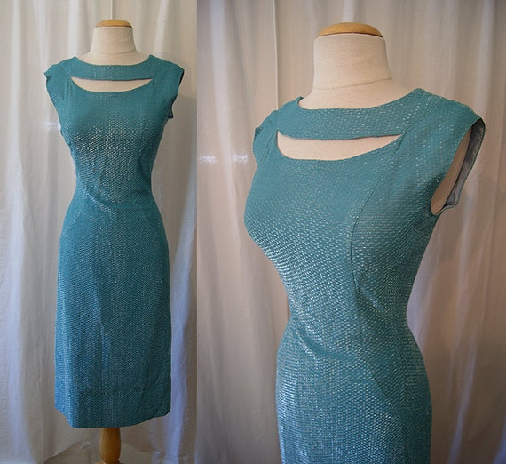 Bombshell 1950's pale turquoise blue lurex cocktail wiggle dress with cut out neckline vlv vixen - size Medium / Large