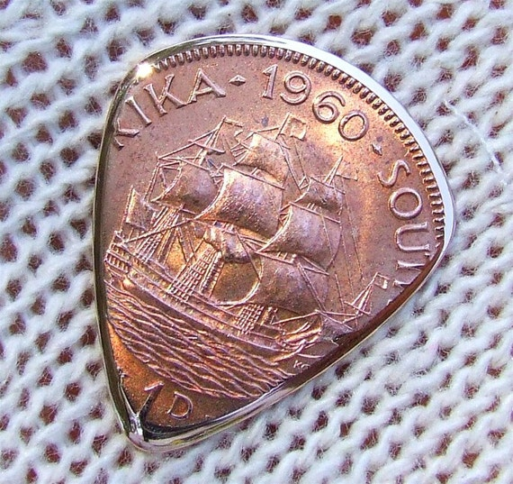 Premium Coin Guitar Pick - Handmade with a 1960 South African Bronze Large Penny