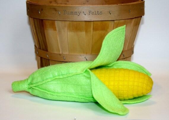 Felt Food Corn on the Cob Removable Husk - Childrens Play Food Vegetable