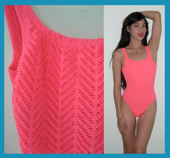vintage neon pink crochet one piece swimsuit sz s m. Black Bedroom Furniture Sets. Home Design Ideas