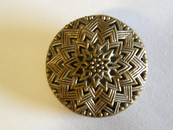vintage goldtone round buckle for re-purpose