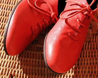 red leather shoes with laces size 7 new vintage 80s unworn