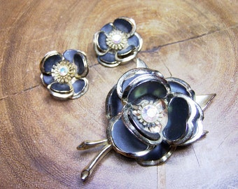Black Painted Metal Flower Brooch & Clip Earring Set Unsigned