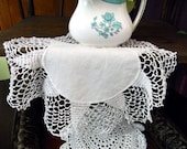 5 Vintage Crocheted Doilies in Whites 8219