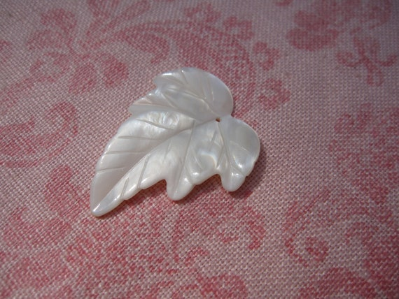 Vintage white glass mother of pearl feather like design leaf pendant. Wholesale lot set of 1.
