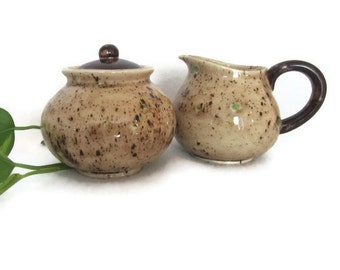 Ceramic Creamer and Sugar Bowl in Neutral Brown and Green