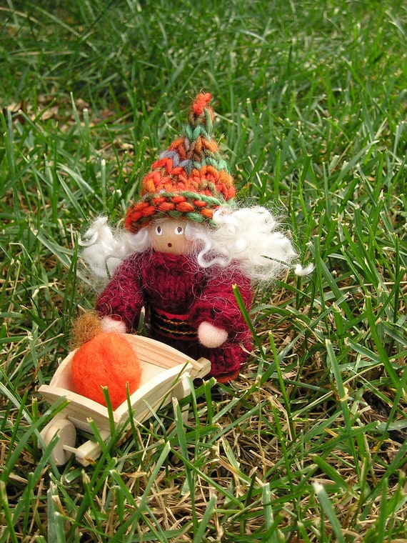 Swedish Tomte /  gnome Lady - Protector of the home and family.