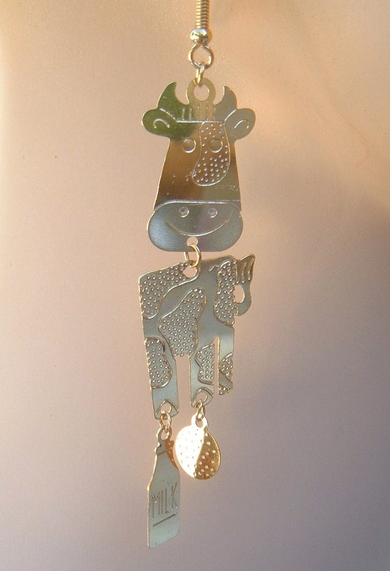 Holy Cow with  MiLk BoTtLe hanging ( I HaAaZzzzz MiLk ) Vintage Gold tone dangler earrings