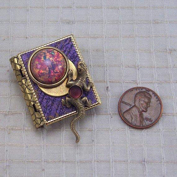 SALAMANDER miniature book pin with a poem inside