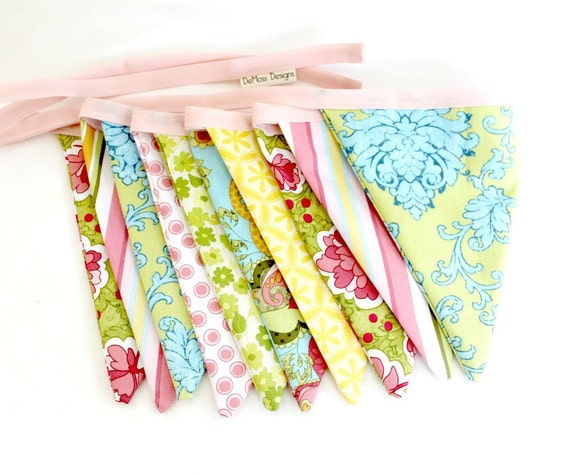 Flag Bunting, Reversible Fabric, Girl Floral, Pink Blue Green Yellow, 10 Flag with Pink Ribbon