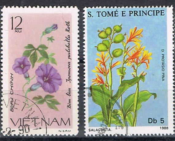 43 Vintage Postage Stamps - Flowers - Plants