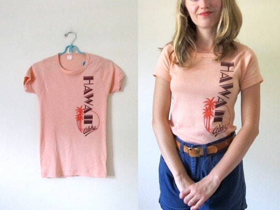 vintage 1970s Tshirt // Retro Palm Tree // Hawaii Tourist  // Peach // XS/S