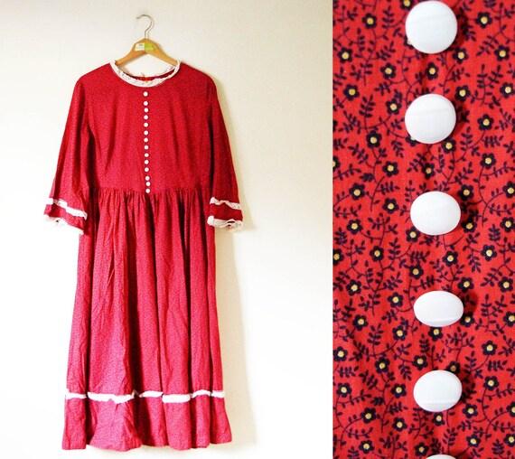 vintage 1970s Dress // Calico Floral Print // Tomato Red // Prairie Ruffle Eyelet // L/XL