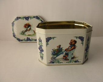Vintage Small DECORATIVE TIN with Teddy Bears