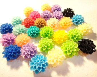 Resin chrysanthemum Flower Cabochon mixed colors 15mm 50pcs (no hole)