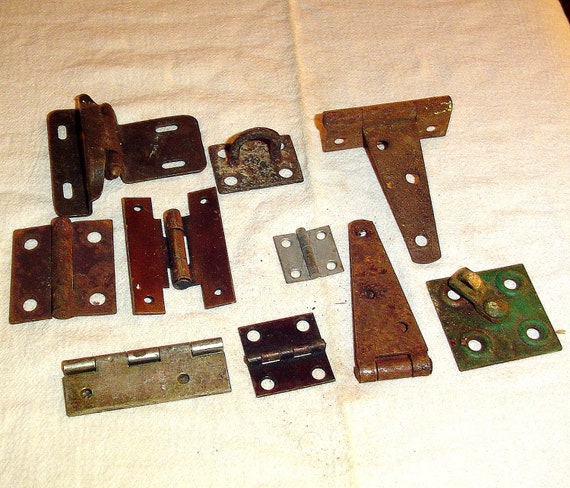 10 vintage rusty rustic hinges industrial architectural salvage