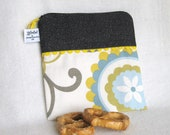 "Picnic Sandwich Sack / Snack Sack  - 7.5"" x 7.5""- Nylon lined, Zippered, Reusable, Machine Washable"