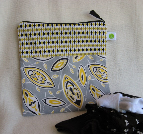 "African Theme - Vintage Feedsack - Diaper Bag, Wet Bag, Boy's Wet Bag - 10 x 10"" , Zippered, Reusable, Washable, Eco-Friendly"