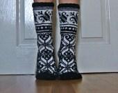 READY TO SHIP Hand Knit Wool Socks Black White Scandinavian Fairisle Floral Christmas Colour Work Slippers