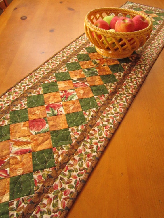 Quilted Table Runner Fall Colors, Fall Table Runner, Autumn Table Runner, Thanksgiving Table Runner, Patchwork Table Runner