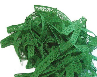 Green Flat Lace, Kelly Green Trim, Green Flat Trim, half inch W, Wedding Trim, Flower Lace, Over 18 Yards, Edging, Bridal Lace, Destash