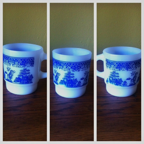 Vintage Blue and White Anchor Hocking Fire King Coffee Mug - Blue Willow Pattern