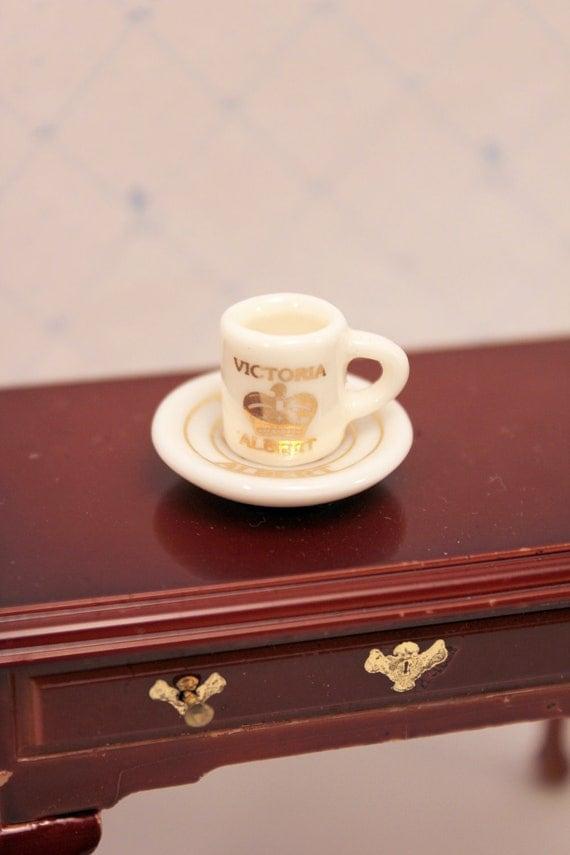Miniature Victoria Albert Commemorative Cup Dollhouse Decor
