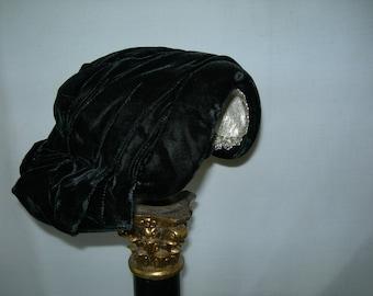 Retro/Vintage Black Velvet Hat-1950s-Fashioned by De Mille-Stunning-Tres Chic-Unique