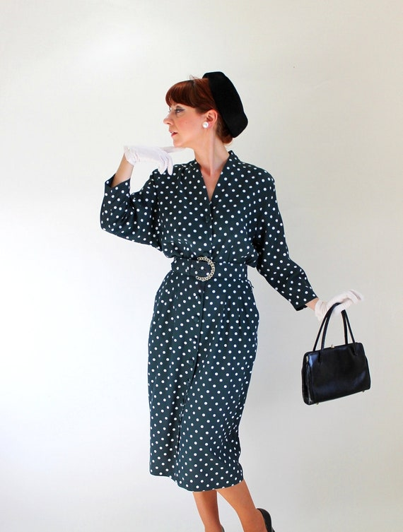 Sale - Vintage 1980s Does 50s Polka Dots Dress. Dark Olive Green. Mad Men Fashion. Office Fashion. Summer. Fall Fashion. Size Large