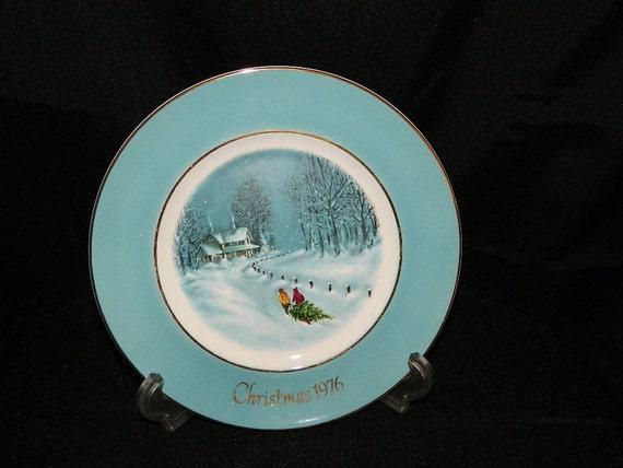 1976 Avon Christmas Plate Series - Enoch Wedgwood