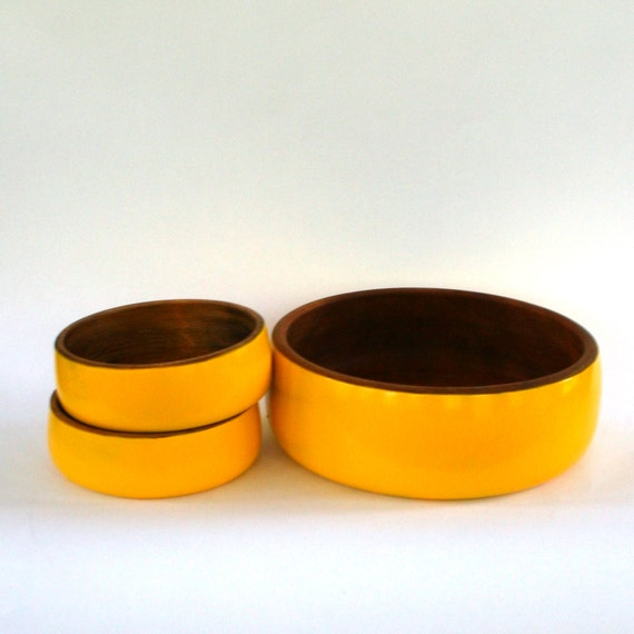 Teak Wooden Salad Bowl Set. Serving Bowl. Yellow. Fall Autumn Home Decor. Thanksgiving Table Display.