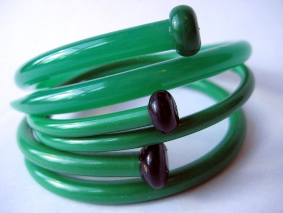 Vintage Knitting Needles Bracelets Green as Grass LARGE