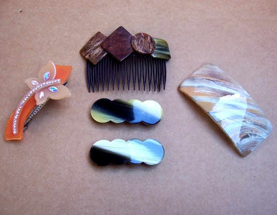 Vintage hair comb and barrettes 5 marble effect hair accessories 1980s
