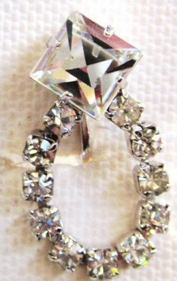 Vintage-1950s-Sparkles-Glitter-Rhinestones-50s Rhinestone Earrings-Screw Back Earrings-Rhinestone Screw Back Earrings