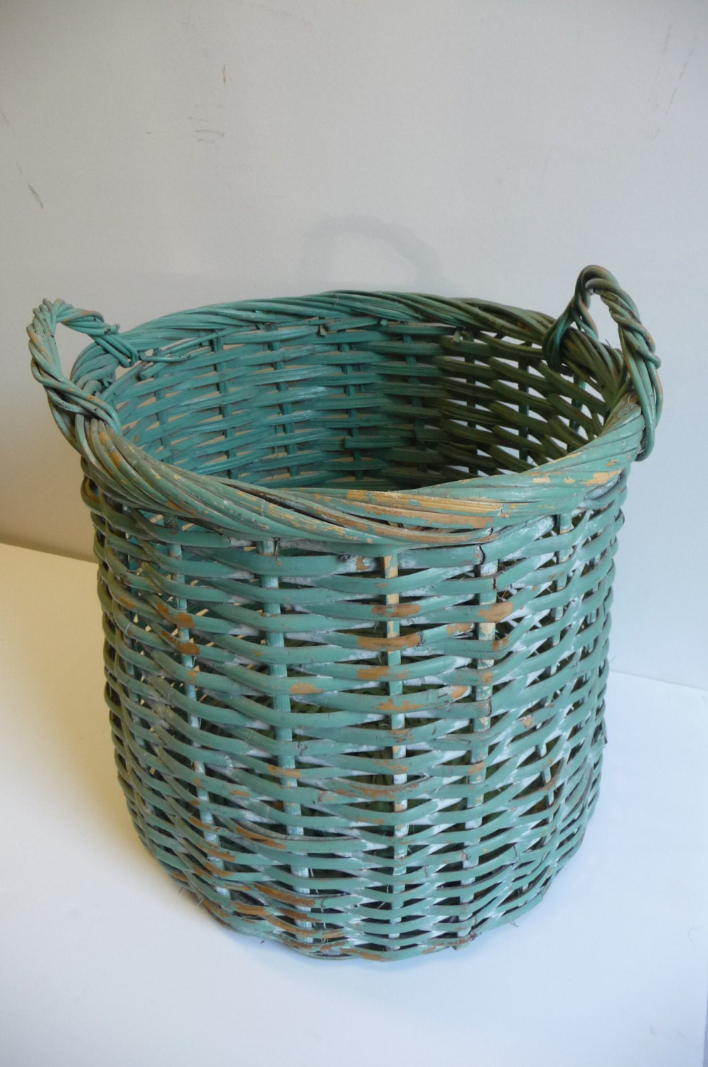 vintage basket large wicker wood with handles sage green. Black Bedroom Furniture Sets. Home Design Ideas