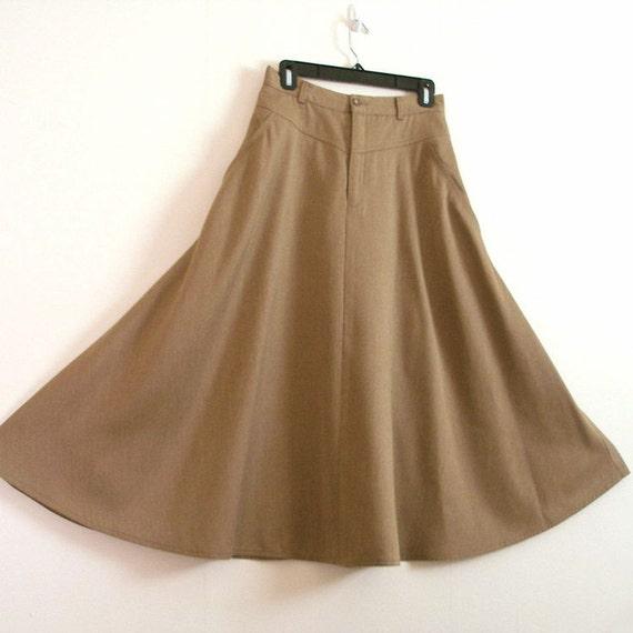 1980s Skirt / 80s Hip Yoke Full Flared Skirt / Rustic Tan / Small