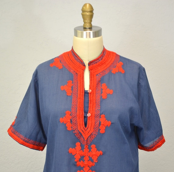 Vintage tunic ethnic / bright red / 1970s