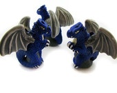 10 Large Blue Sitting Dragon Beads - LG304